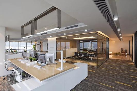 如何提升企业形象、满足实用功能的小型办公室
